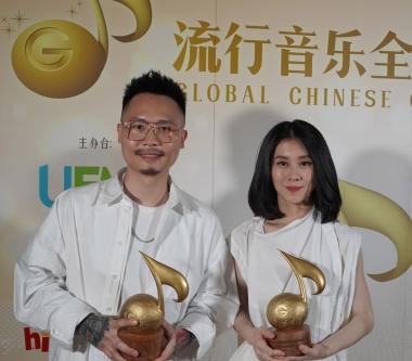 新加坡「流行音樂全金榜」白安和蕭秉治奪三大獎,創作功力備受肯定!