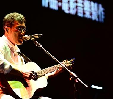 李宗盛「有歌之年」巡迴演唱會  去沒有辦過個唱的城市見老朋友