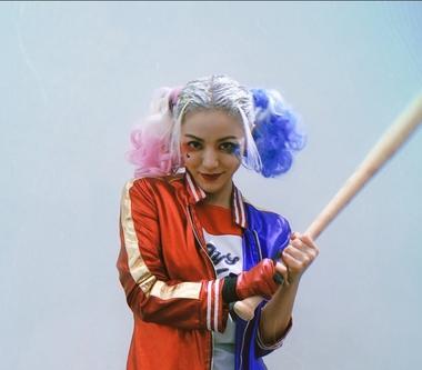 萬聖節丁噹變裝大噴發 花費四小時扮小丑女High翻校唱