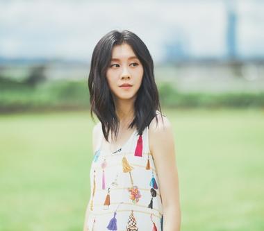 白安〈回家的路〉撫慰異鄉遊子 楊麗音、邱昊奇精湛演技MV助陣