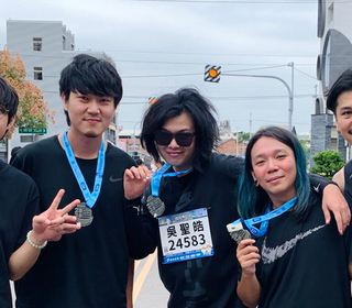 麋先生熱血再出發 田中馬拉松全員成功完賽 任賢齊電話祝賀喊讚!
