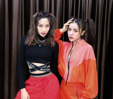丁噹、袁詠琳〈我要我〉人氣紅不讓 與歌迷相約線上演唱會見!