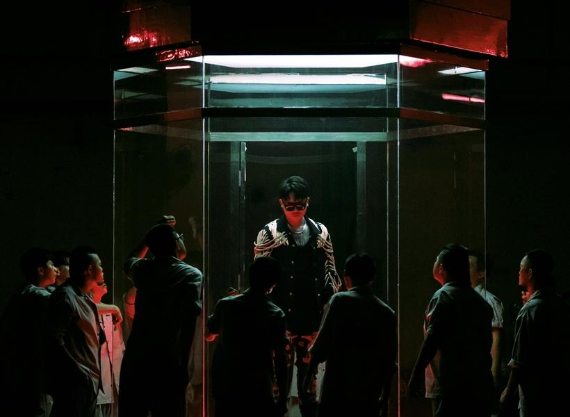 蕭秉治為周渝民主演《逆局》搶先曝新曲 〈不留活口〉宣示新專輯《狂人》